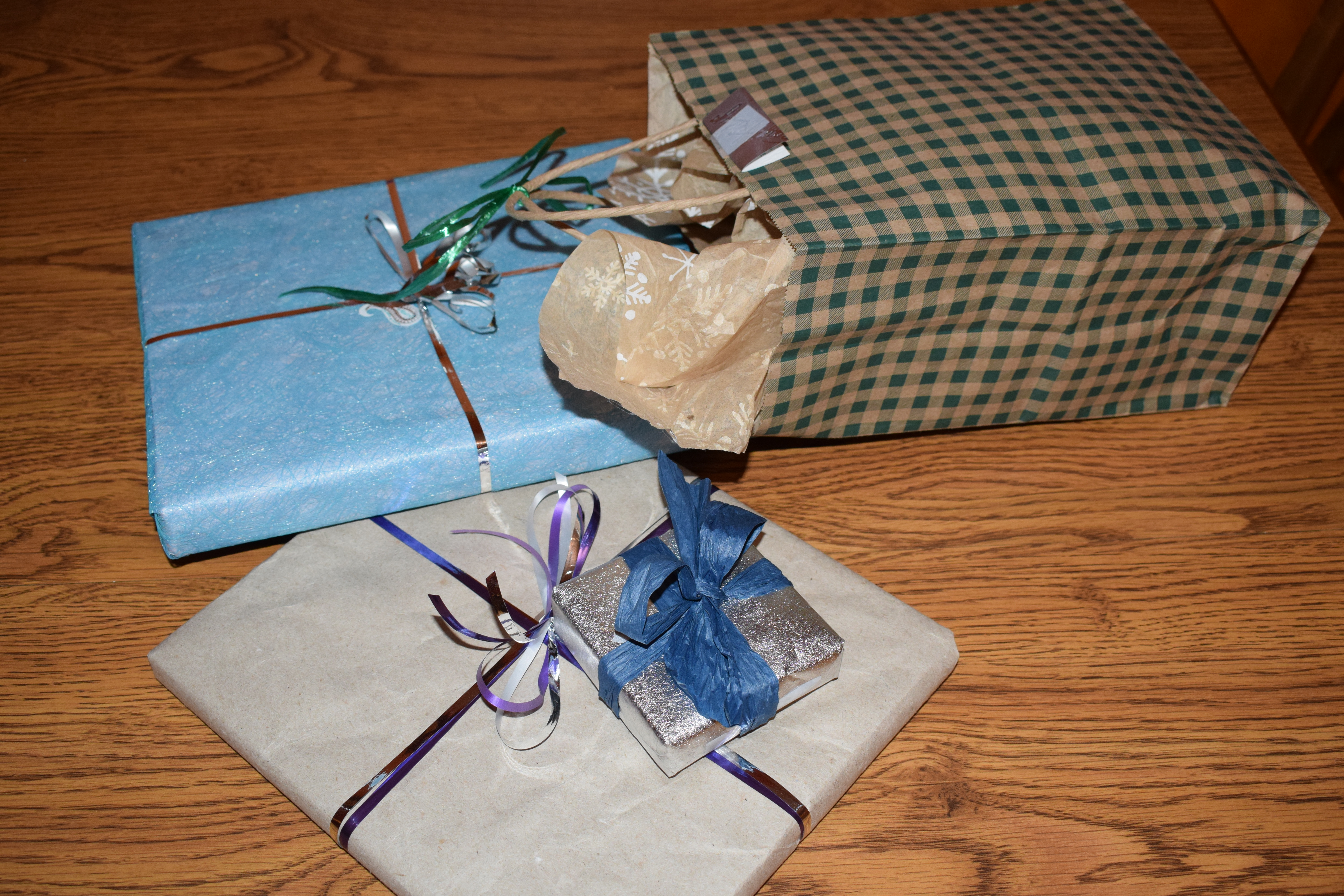 Wrapped Gifts, 2017 Holiday Gift Giving Ideas