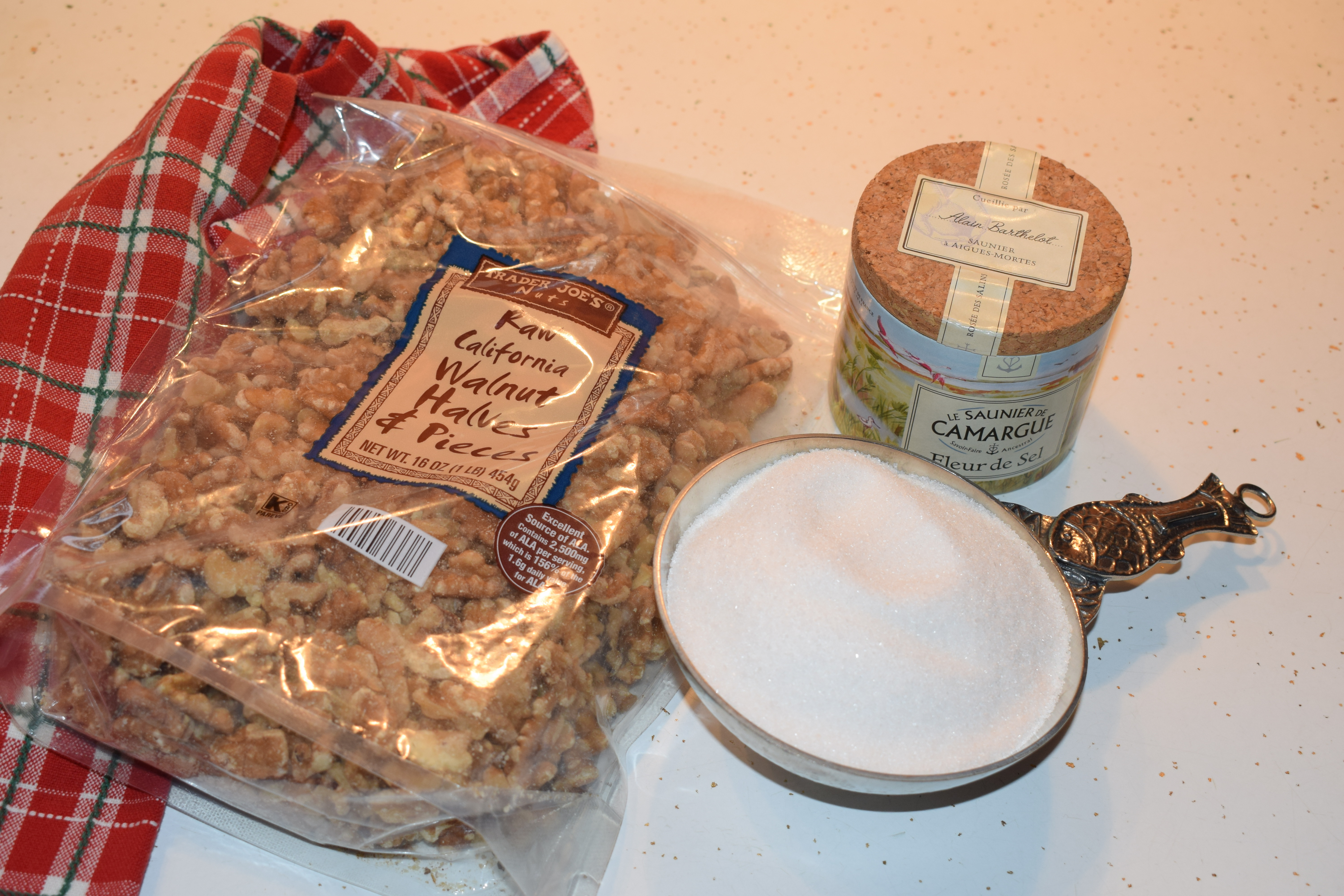 Ingredients for Sweet and Salty Walnuts Recipe